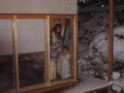 Snow at the ryokan